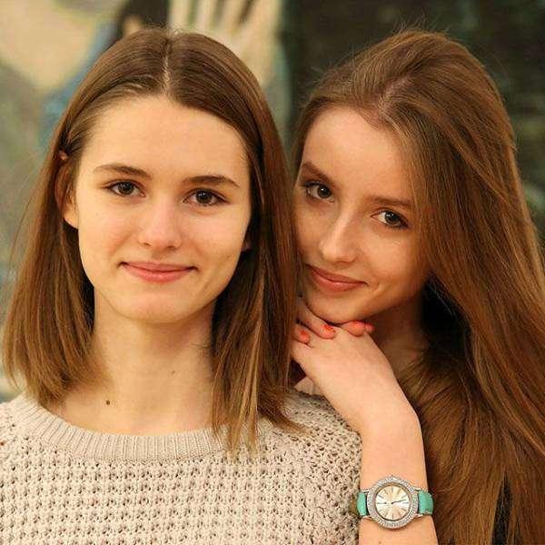 Добірка красивих дівчат (50 фото)