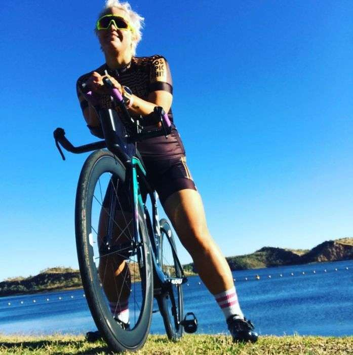 Австралійка захопилася тріатлоном і схудла на 115 кг (8 фото)