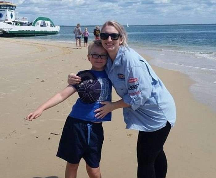 Лікарі змінять підлогу 11-річній дитині з Австралії (10 фото)