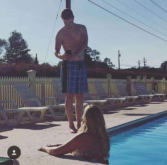 Хлопці фотографують своїх дівчат для Instagram (27 фото)