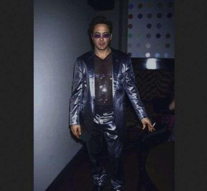 Дивні фото зірок, зроблені в 90-ті роки (47 фото)