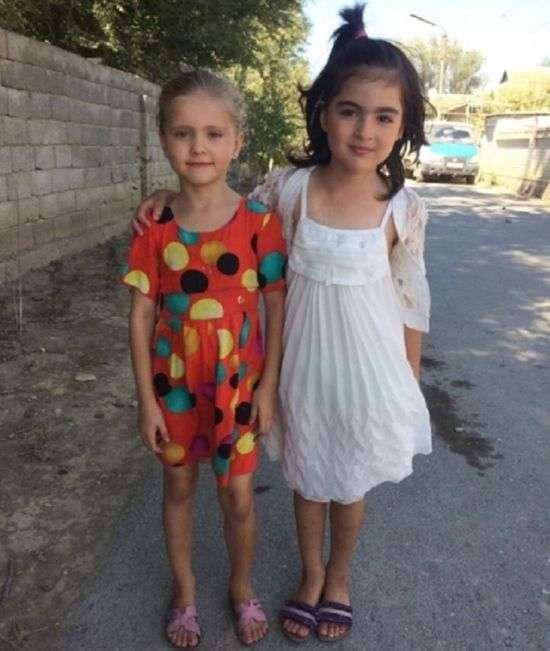 У Дагестані 9-річна школярка врятувала двох дівчаток з палаючого будинку (2 фото)