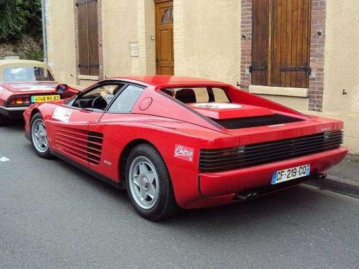 З роками змінювалися автомобілі марки Ferrari (13 фото)