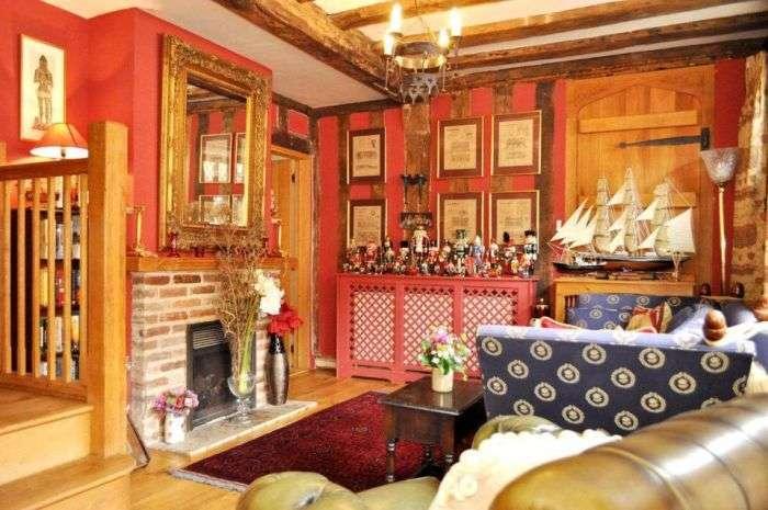 Будинок Гаррі Поттера виставлений на продаж (11 фото)