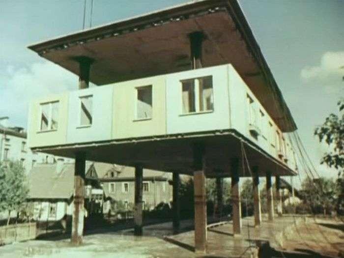 Експериментальна «хрущовка», побудована з використанням домкратів (5 фото)