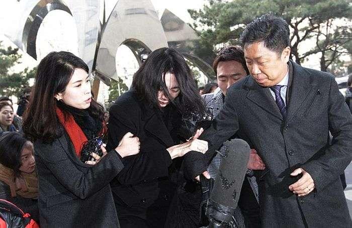 Справедливе покарання дочки президента авіакомпанії Korean Air Чо Ян-хо (7 фото)