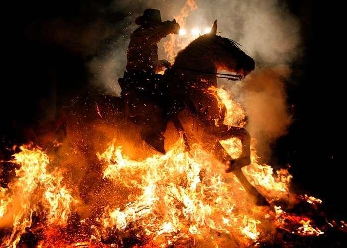 Старовинний фестиваль Las Luminarias в Іспанії (12 фото)