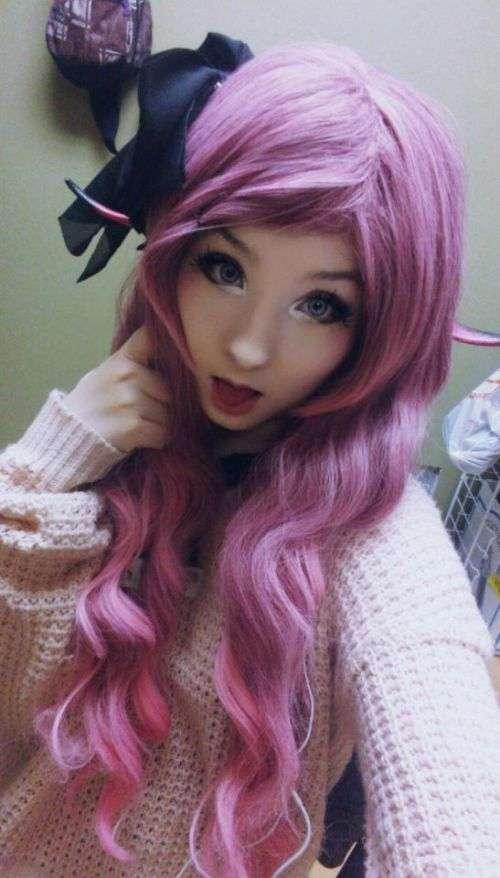 Амелія Буссин - жива лялька з Канади (11 фото)