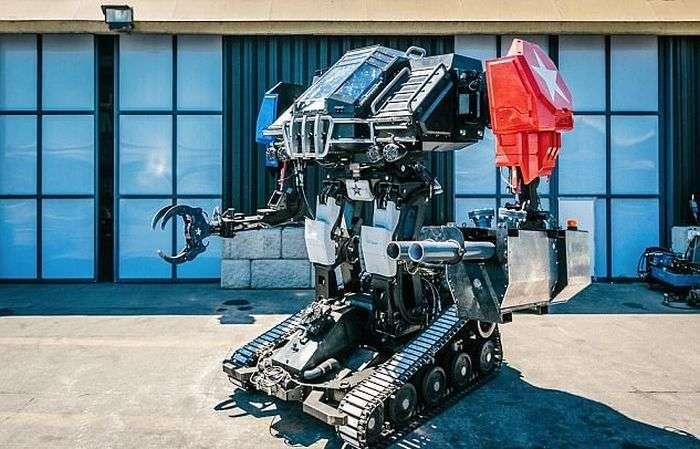 Компанія MegaBots представила бойового робота Eagle Prime (9 фото + відео)