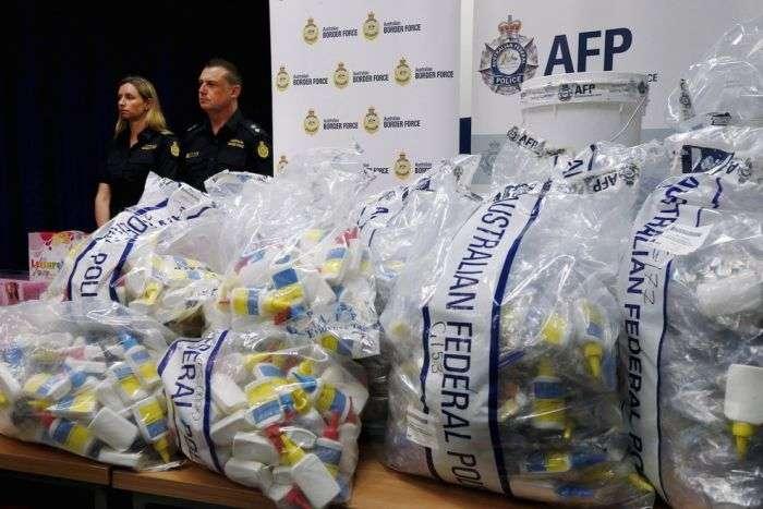 В Австралії затримали партію бюстгальтерів зі схованим у них метамфетаміном на 890,5 мільйонів доларів (6 фото)