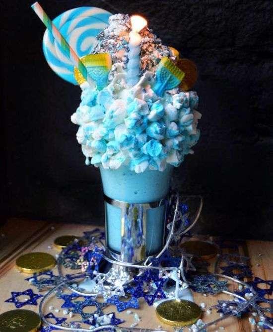 Молочні коктейлі, як справжній витвір мистецтва (15 фото)