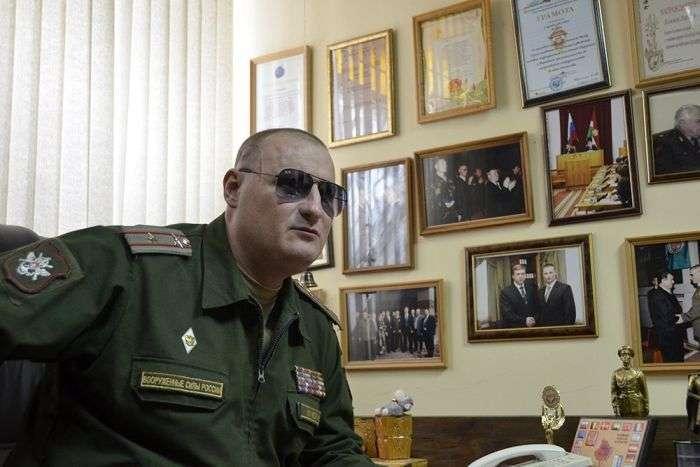 Олексій Климов - сержант, який, незважаючи на втрату зору, дослужився до майора (6 фото)