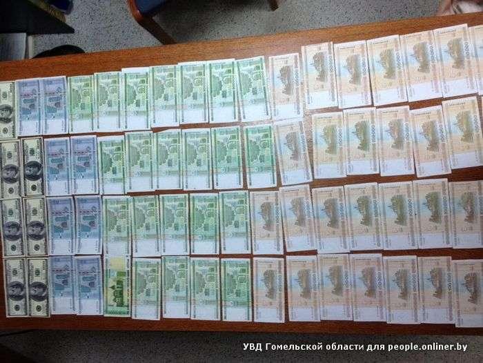 У Білорусії вчителька випадково розрахувалася купюрою, надрукованою на принтері (3 фото)
