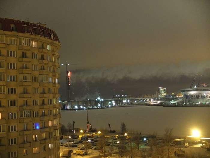 У Санкт-Петербурзі горить опора недобудованого мосту Західного швидкісного діаметра