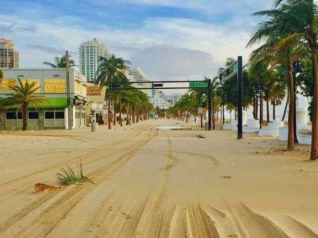 Одна з вулиць Майамі після відходу води (2 фото)
