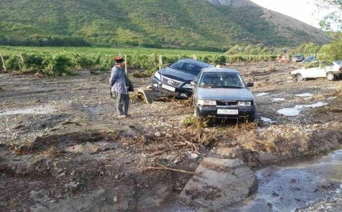 Під Судаком зійшов селевий потік (10 фото)