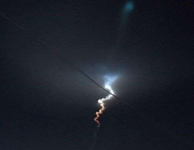 Жителі півдня Росії взяли балістичну ракету за НЛО (6 фото + відео)