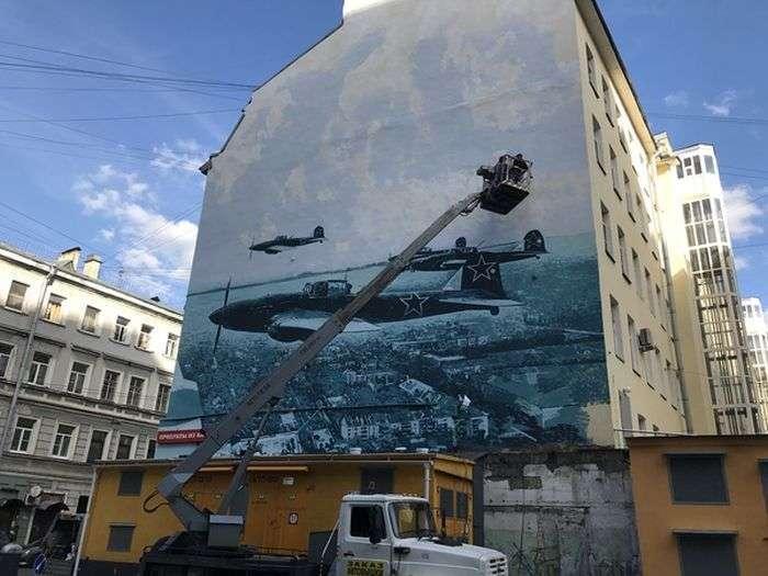 У Санкт-Петербурзі зявилося нове вражаюче графіті (5 фото)