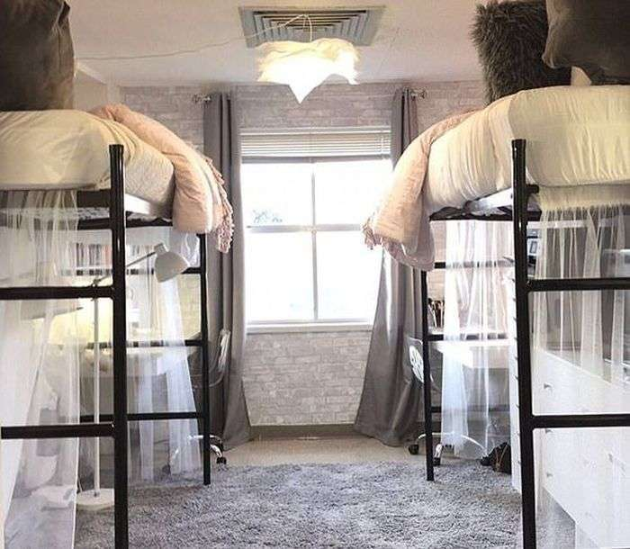 Студентки перетворили свою кімнату в люксовий номер (5 фото)