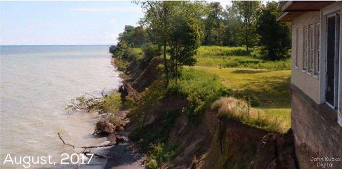 Головний недолік будинків біля моря (2 фото)
