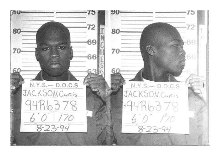 Зірки, яких довелося відбувати покарання у вязниці (19 фото)