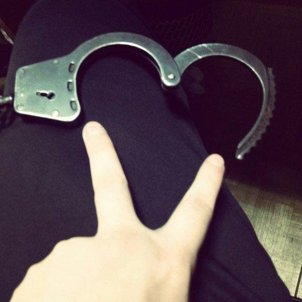 Теперь хочу купить наручники. А вы? Юмор,картинки приколы,приколы,приколы 2019,приколы про