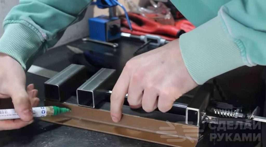 Как на скорую руку изготовить быстрозажимные тиски Самоделки