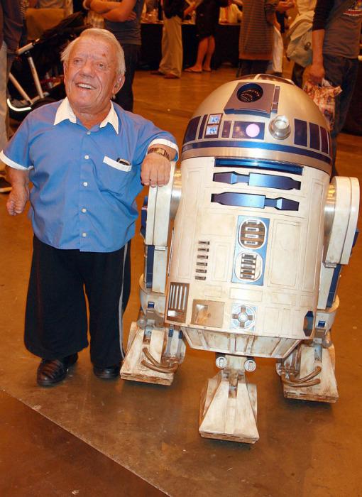 12 неожиданных фактов о самом очаровательном герое «Звёздных войн» дройде R2-D2 Интересное