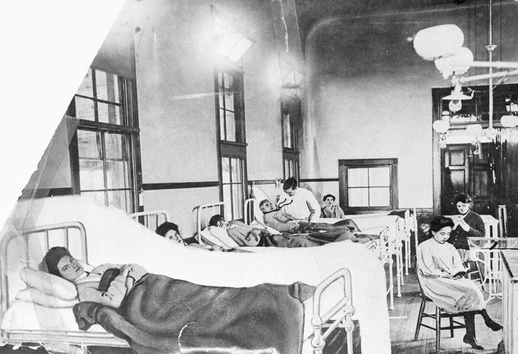 История кухарки, которая заразила смертельной инфекцией более 50 человек, а сама осталась здоровой женщины,Женщина,интересное,роковые женщины