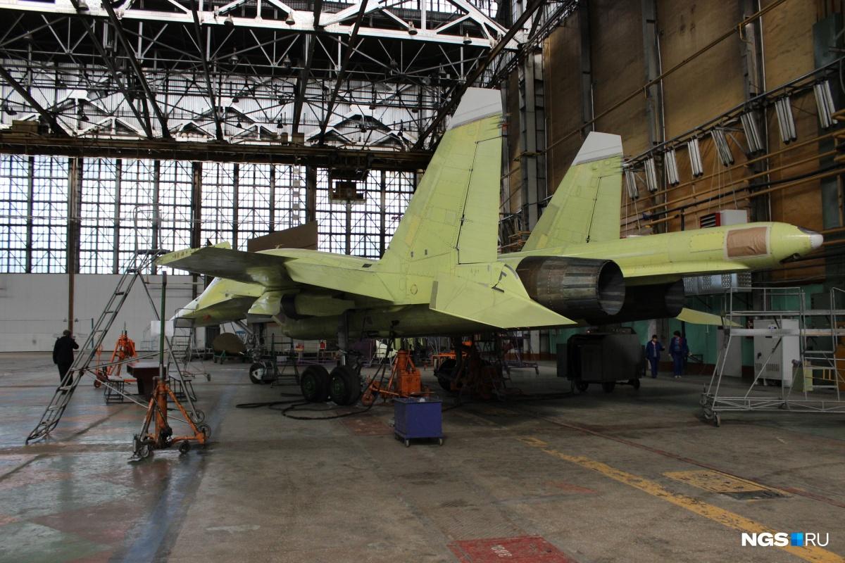 Бывший министр обороны Сердюков приехал в Новосибирск решать судьбу завода Чкалова Авиация