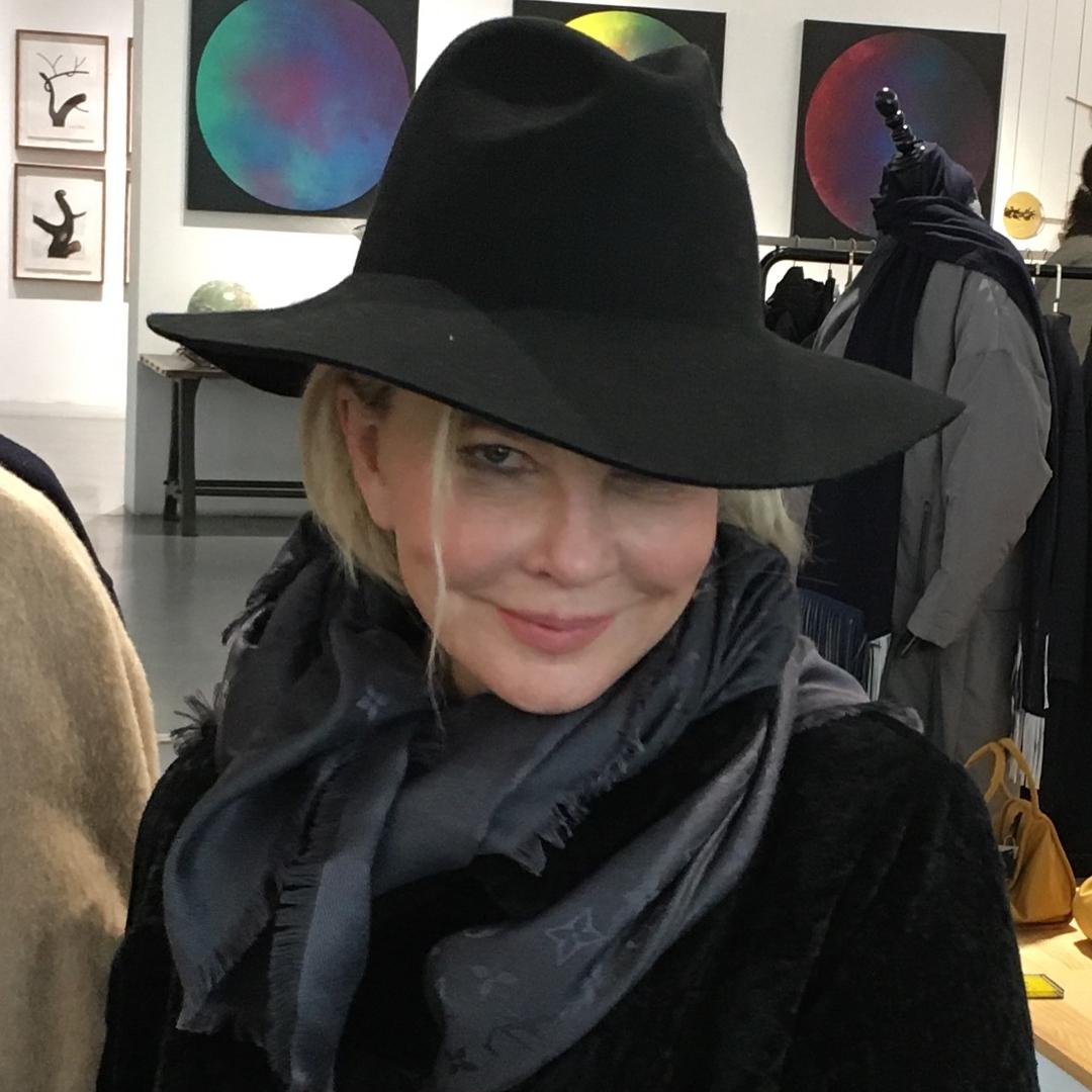 В Сети ожесточенно спорят, кто красивее:Татьяна Веденеева или Лайма Вайкуле? А вам как кажется? актрисы,женщины,красота,фотографии